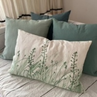Pack 4 almohadones 1 selva verdes y 3 color